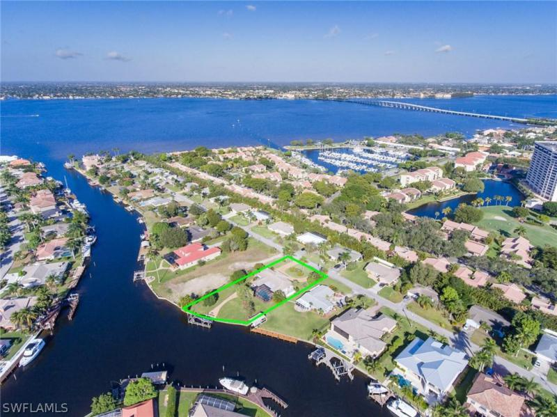 Town And River, Fort Myers in Lee County, FL 33919 Home for Sale