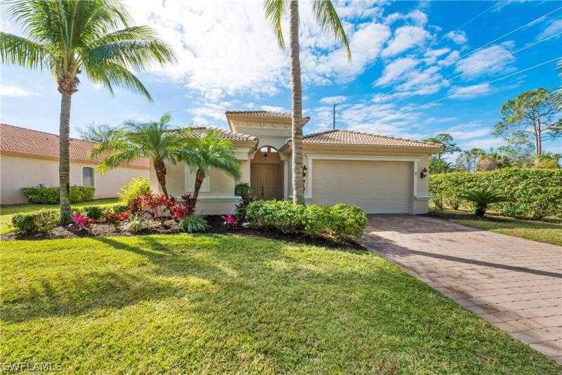 9977  Treasure Cay LN, Bonita Springs, FL 34135-