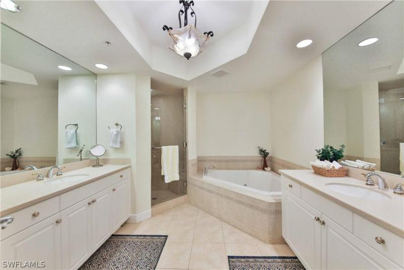 2090 W First St #1209, Fort Myers, Fl 33901