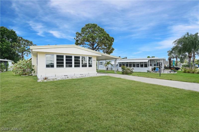 26037  Princess LN, Bonita Springs, FL 34135-