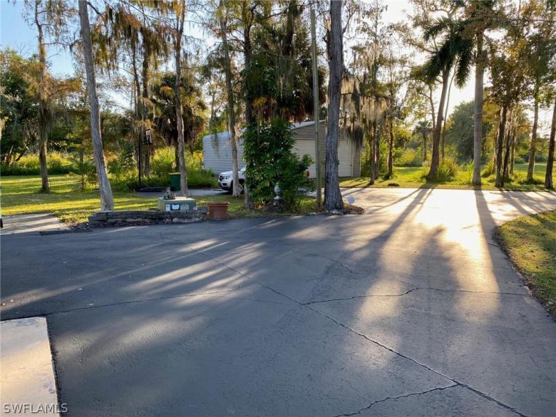 1050 Auto Ranch Rd, Naples, Fl 34114
