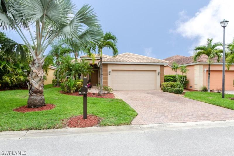 15834  Cutters CT, Fort Myers, FL 33908-