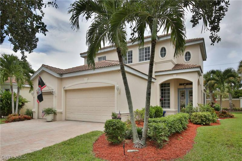 15309  Laguna Hills DR, Fort Myers, FL 33908-