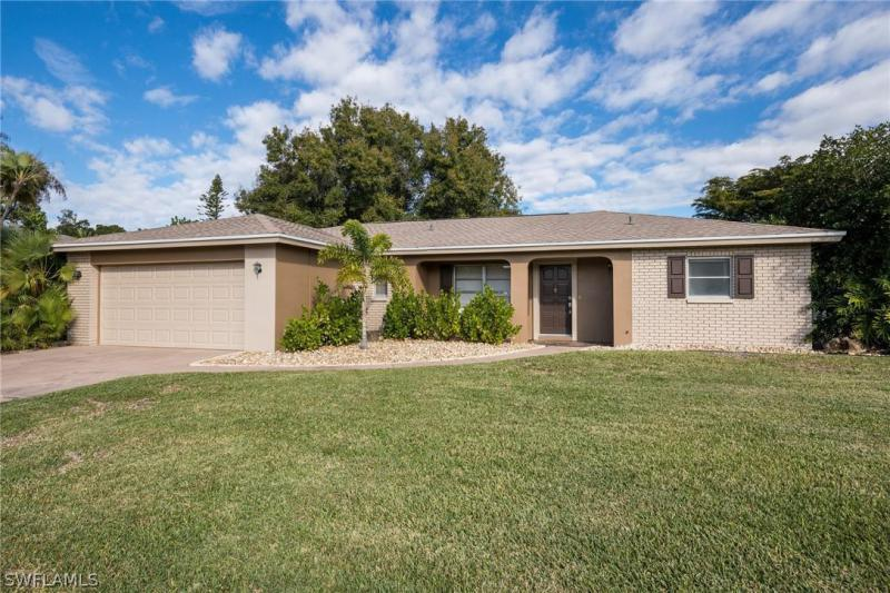 Reynard, Fort Myers in Lee County, FL 33919 Home for Sale