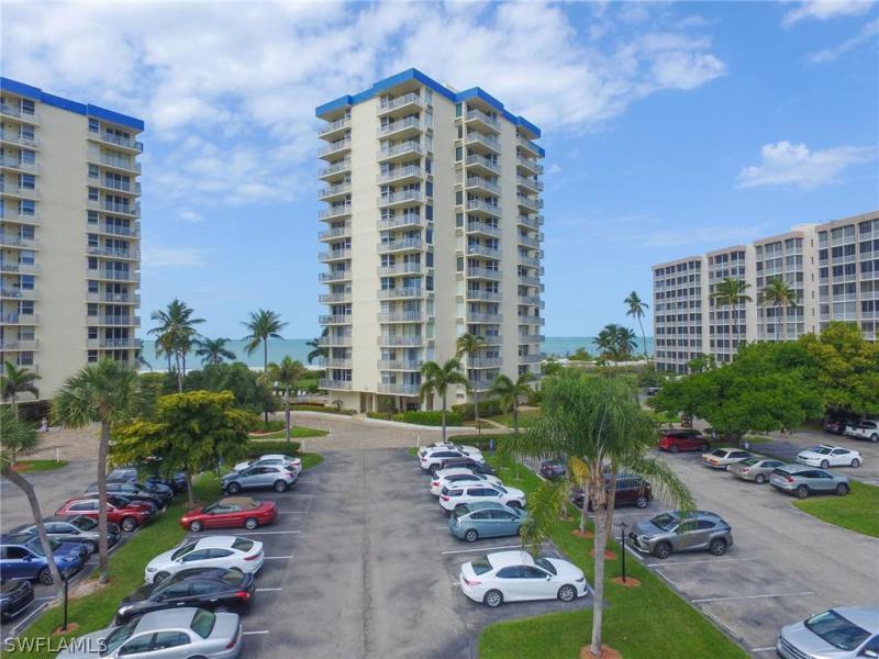 7390  Estero BLVD Unit 303, Fort Myers Beach, FL 33931-
