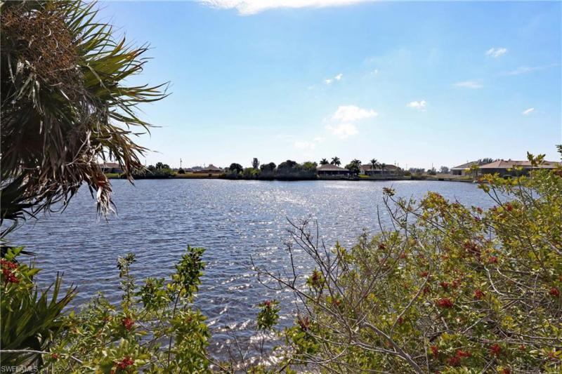 Photo of 4320 NW 36th Street, Cape Coral, FL 33993