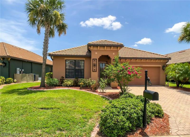 12448  Country Day CIR, Fort Myers, FL 33913-