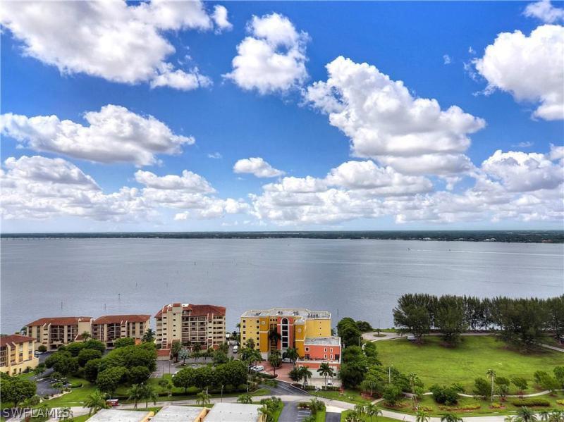 4013 SE 19th,  Cape Coral, FL