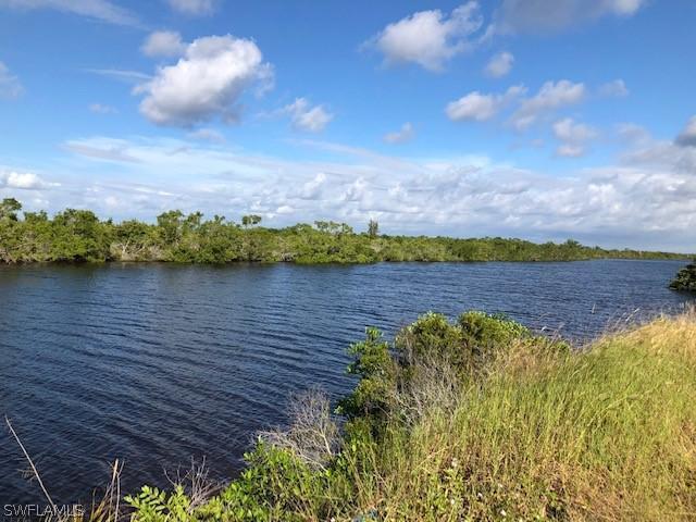 4701 Jacaranda Parkway, Cape Coral, Fl 33993