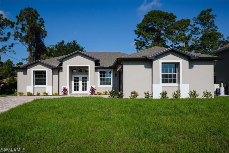 5558  Benton,  Lehigh Acres, FL