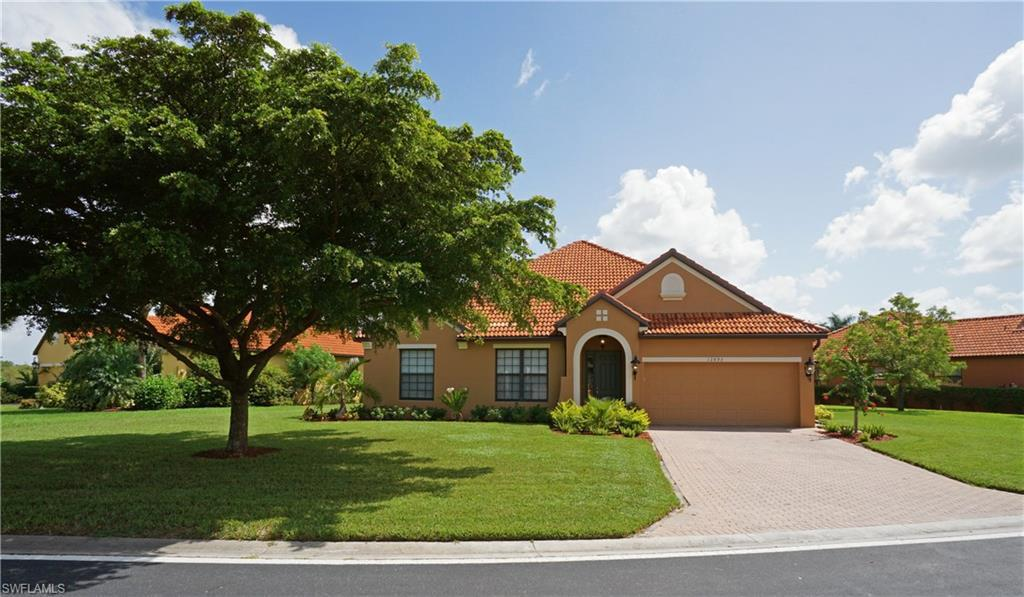12272  Country Day CIR, Fort Myers, FL 33913-