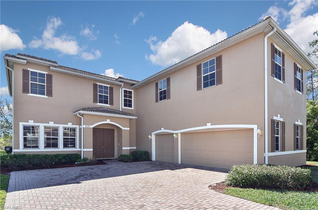 2667  Amber Lake DR, Cape Coral, FL 33909-