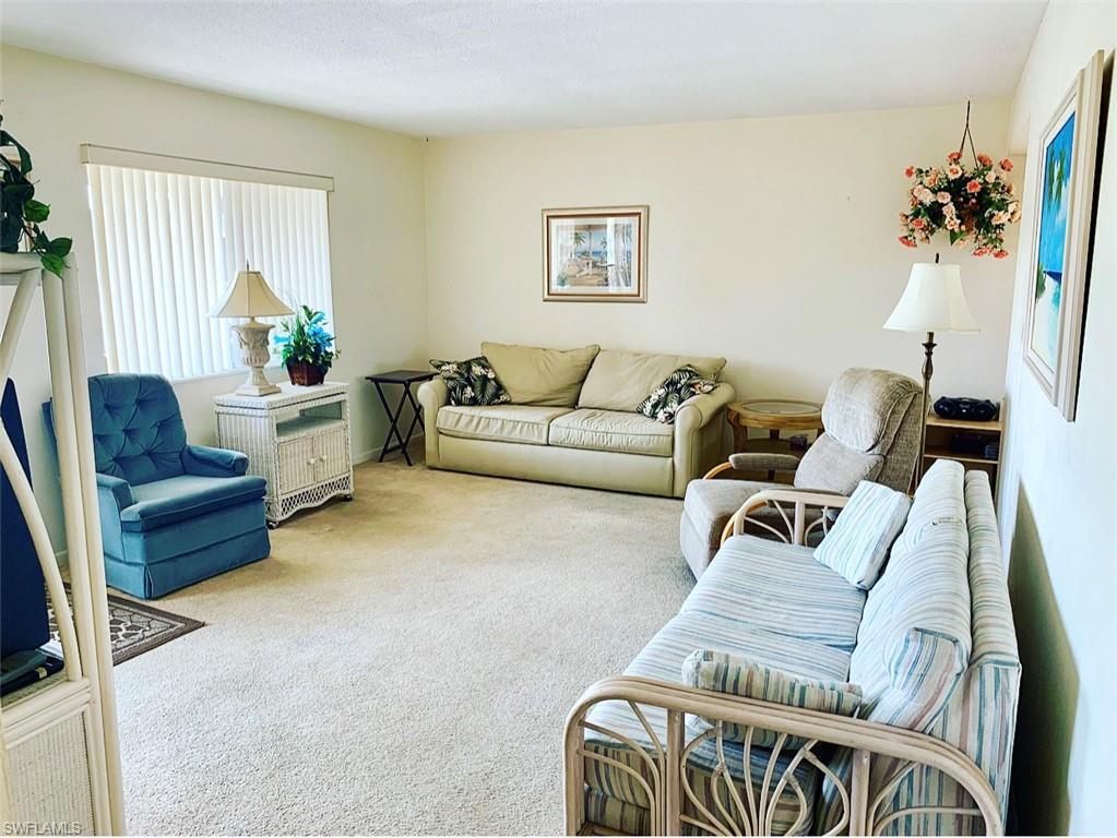 2804 SW 26th ST, Lehigh Acres, FL 33976-
