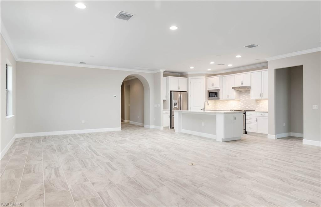 7538 Geranium WAY Naples, FL 34114 photo 2