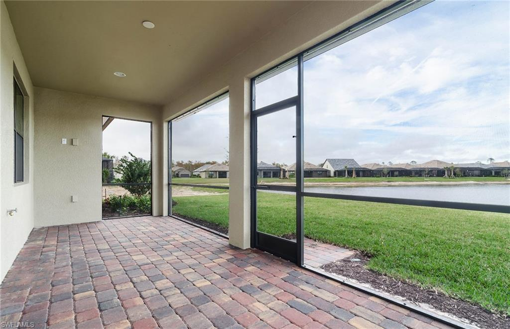 7538 Geranium WAY Naples, FL 34114 photo 3