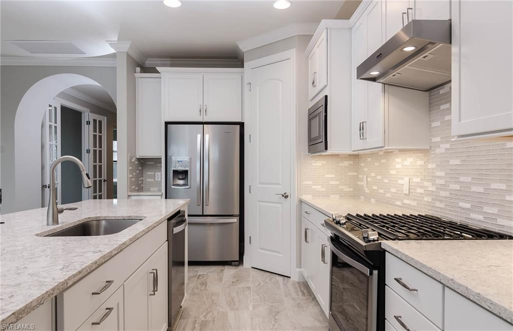 7538 Geranium WAY Naples, FL 34114 photo 4