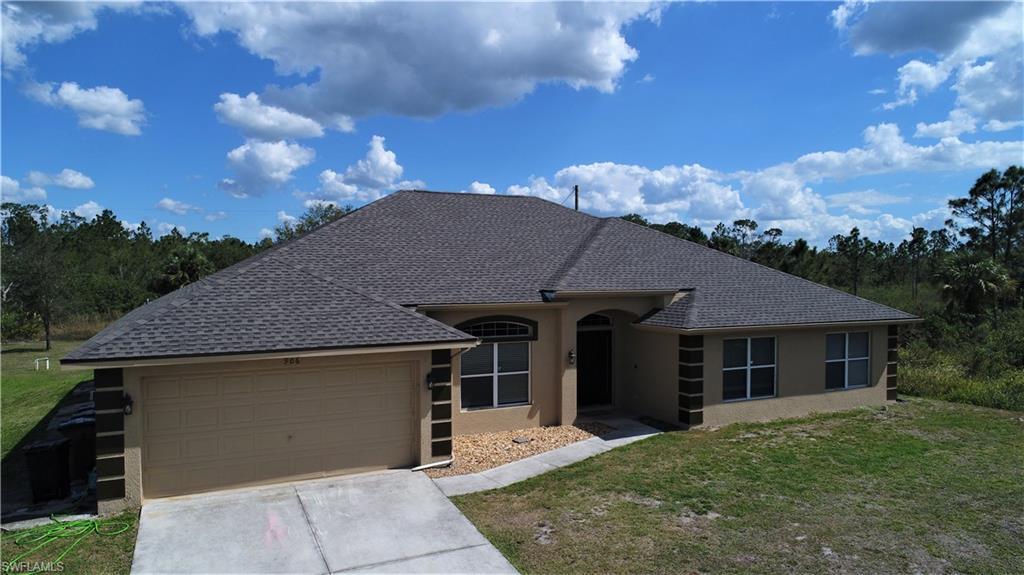 906  Hibiscus,  Lehigh Acres, FL