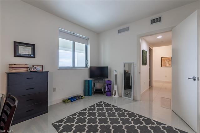 3000 Oasis Grand 905, Fort Myers, FL, 33916