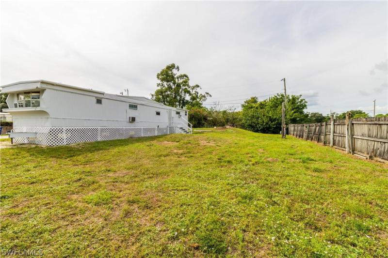8416  Penny DR North Fort Myers, FL 33917- MLS#219074414 Image 3