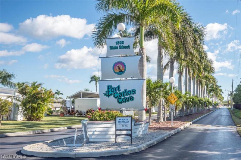 147  Barbados WAY, Fort Myers Beach, FL 33931-