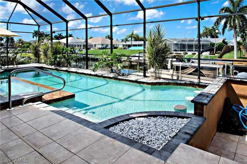 17th, Cape Coral, Florida