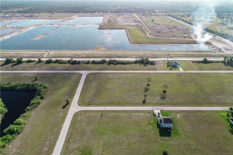 4048 Nw 36th Place, Cape Coral, Fl 33993