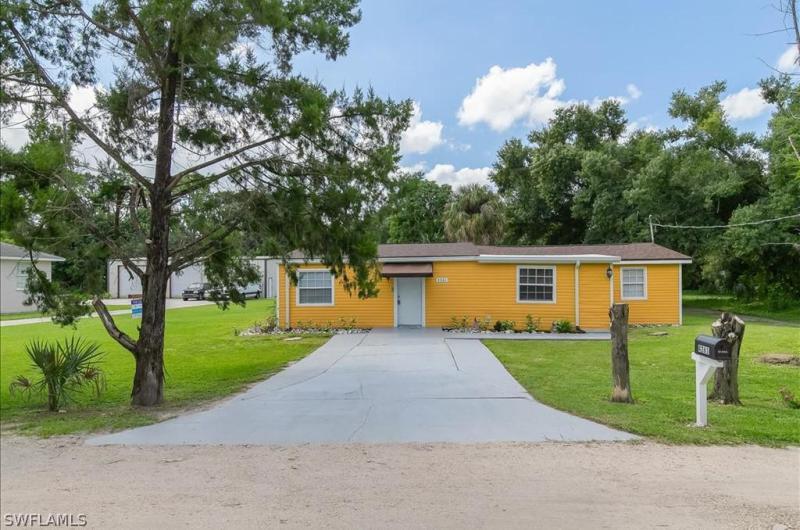 4261  Elwood,  Fort Myers, FL