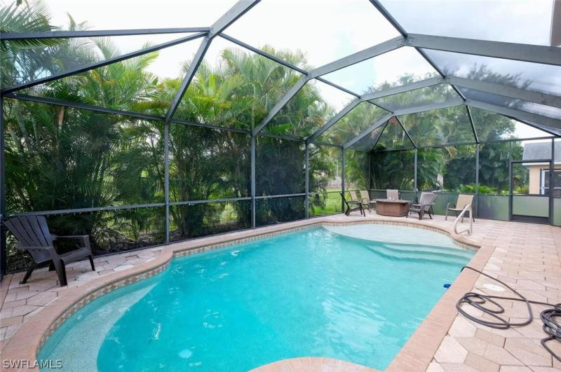 8941 Fawn Ridge Dr, Fort Myers, Fl 33912
