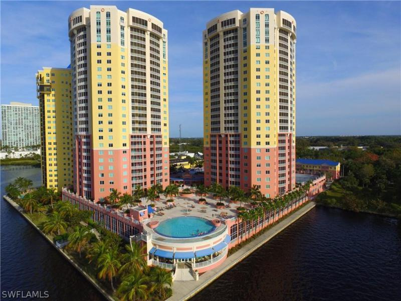 ST. TROPEZ Fort Myers