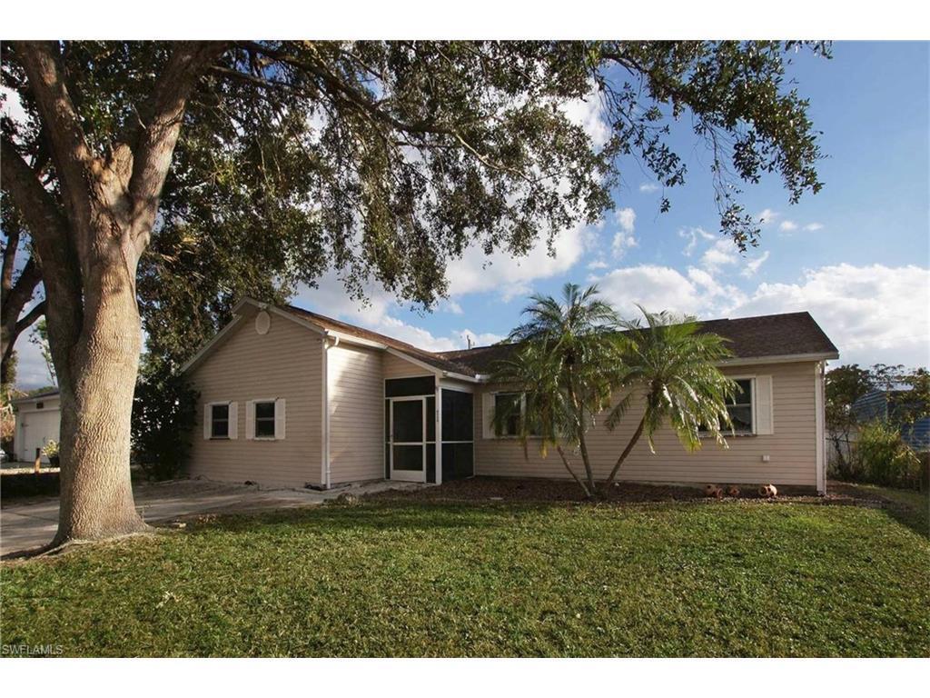 17389  Lee RD, Fort Myers, FL 33967-