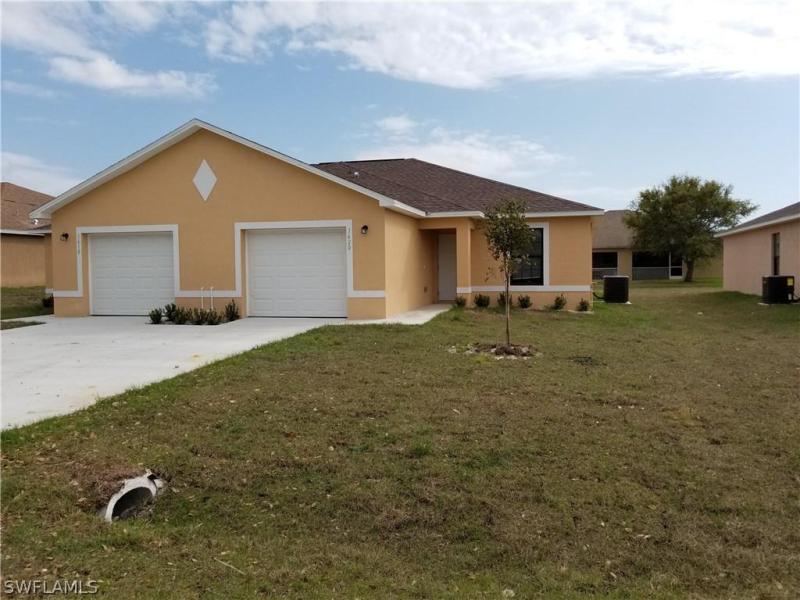 33rd, Cape Coral, Florida