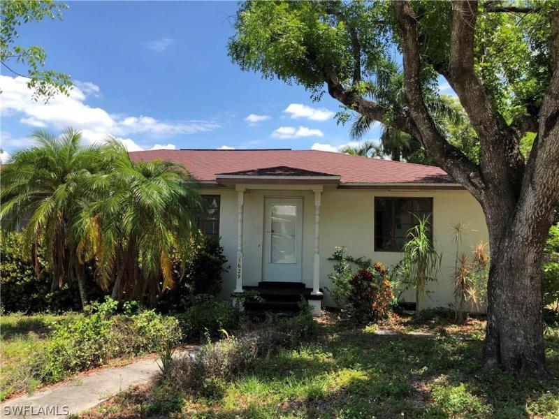 1629  Poinsettia,  Fort Myers, FL