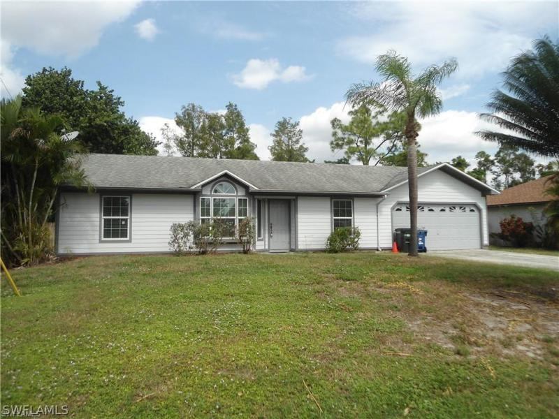 17400  Lee RD, Fort Myers, FL 33967-
