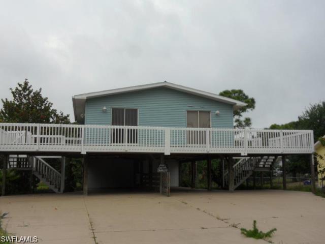 5453 E Avenue,  Bokeelia, FL