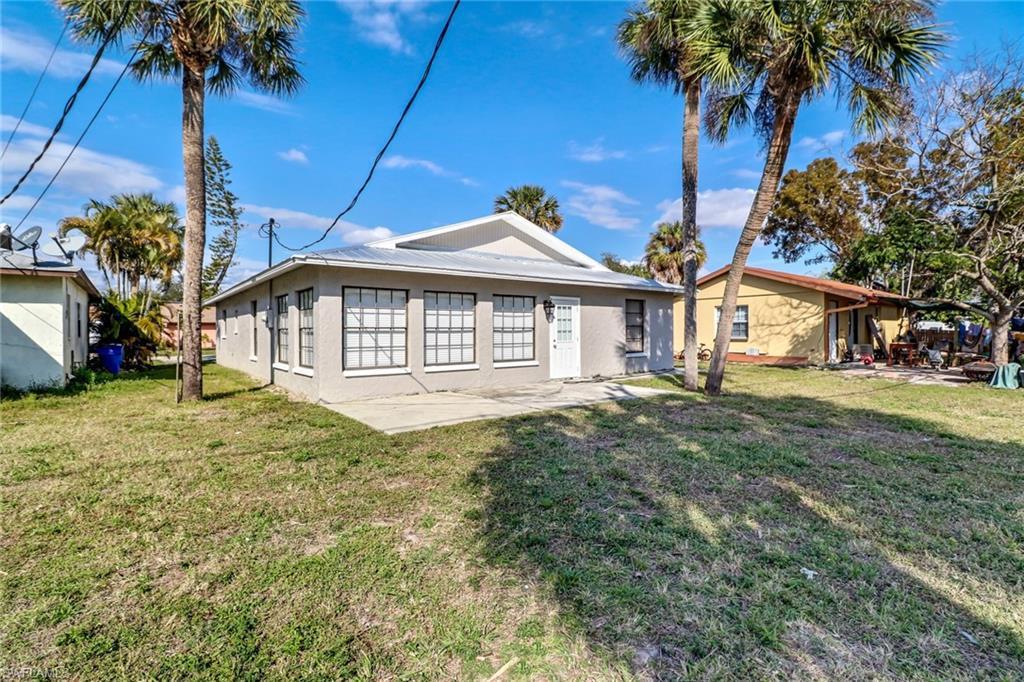 11670  Chapman AVE, Bonita Springs, FL 34135-