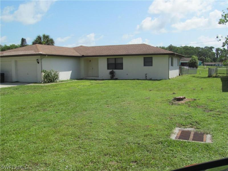 1645  Linwood AVE, Alva, FL 33920-