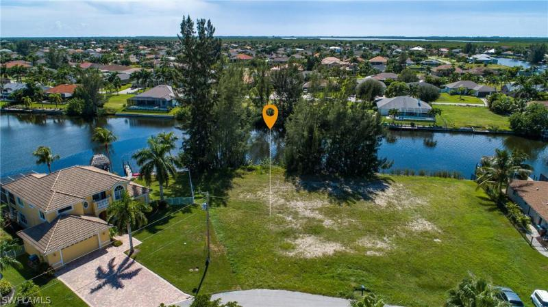 2860 Sw 26th Place, Cape Coral, Fl 33914