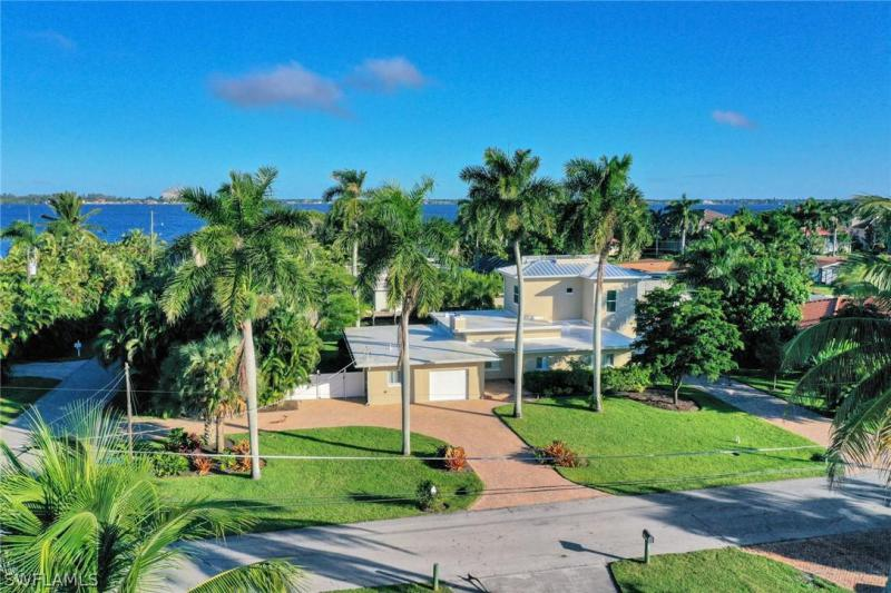 12768  Brewster,  Fort Myers, FL