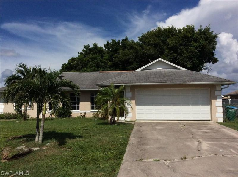 1728 1st AVE, Cape Coral, FL 33909