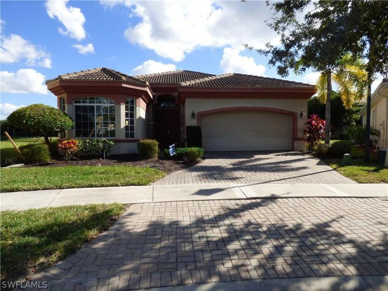 9169  Red Canyon DR, Fort Myers, FL 33908-