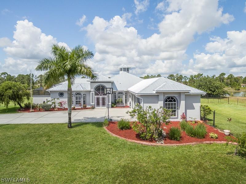 916  Grafton,  Lehigh Acres, FL