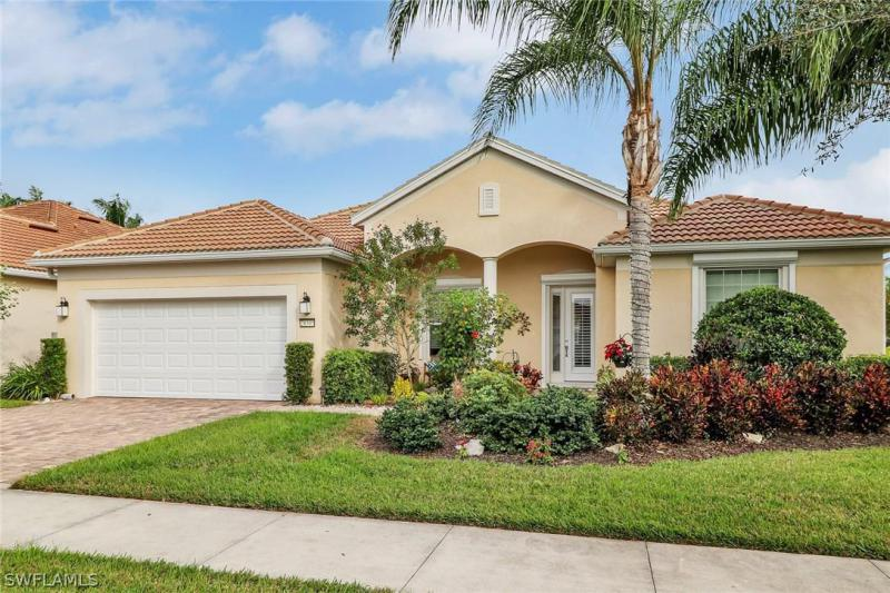 28505  Finch,  Bonita Springs, FL