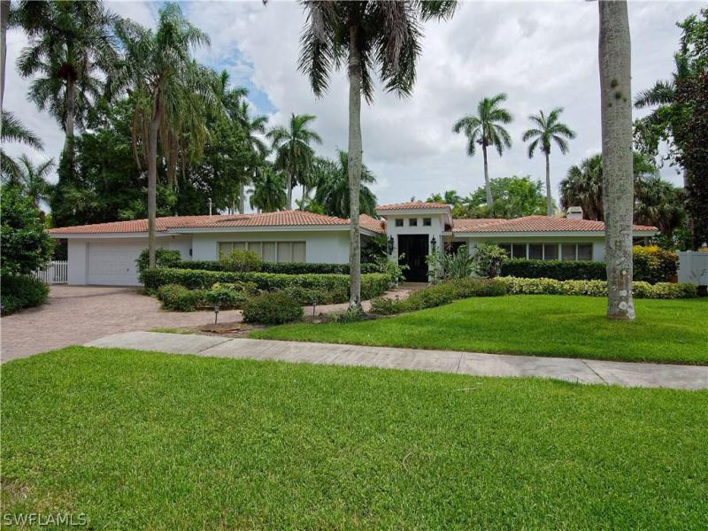 Osceola, Fort Myers in Lee County, FL 33901 Home for Sale