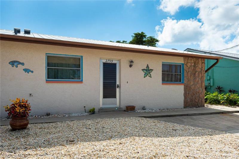 2759  Bruce,  Matlacha, FL