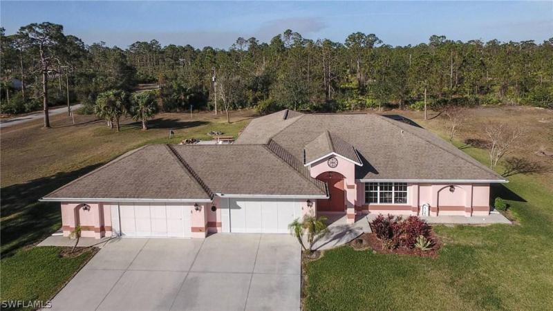 203  Irving,  Lehigh Acres, FL