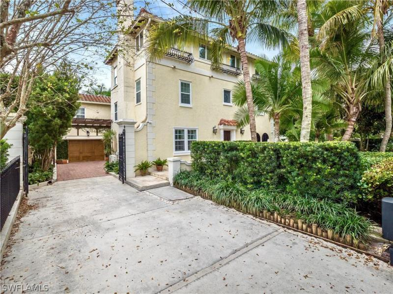 1226 WALES, Fort Myers, FL, 33901