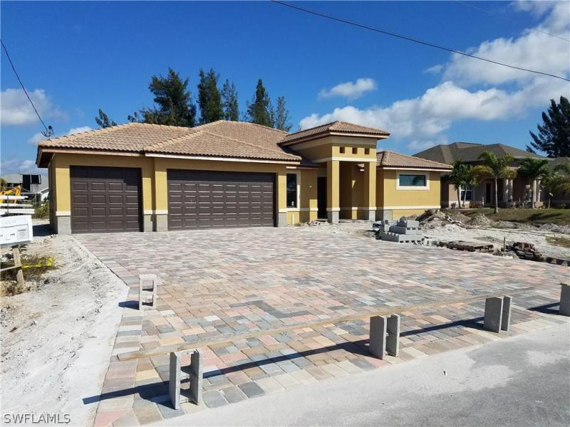 913 SW 15th,  Cape Coral, FL