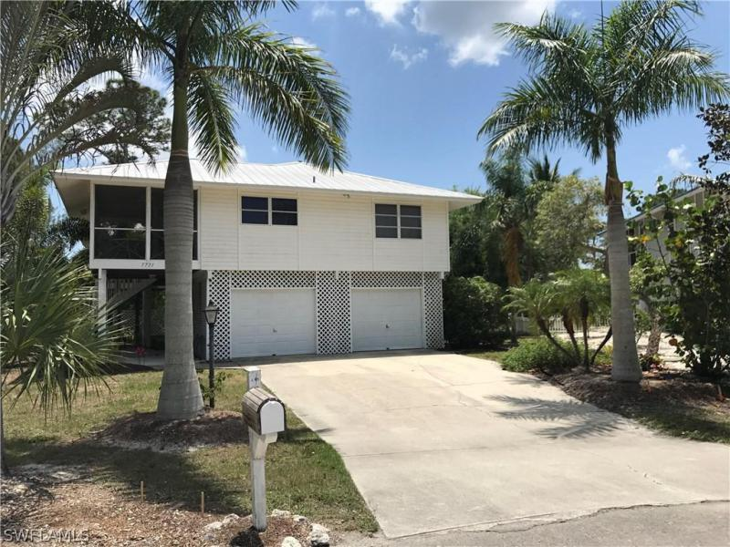 7532 Captains Harbor DR Unit 703, Bokeelia, FL 33922