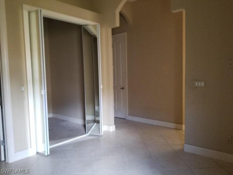 884 Villa Florenza Dr, Naples, Fl 34119