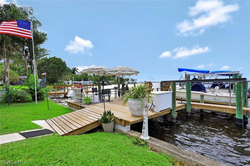 4559 E Riverside, Fort Myers, FL, 33905